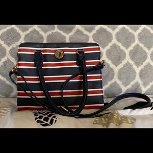 Tommy Hilfiger cross body/tote